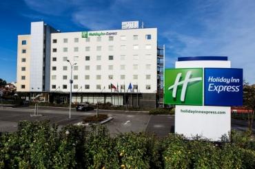 Holiday Inn Express Lisbon - Oeiras 3*
